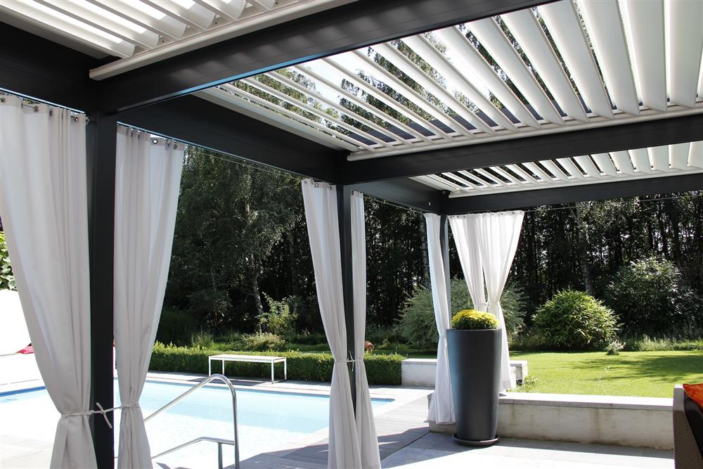 pergola bioclimatique plus de 30 ans d 39 exp rience garantie de 10 ans. Black Bedroom Furniture Sets. Home Design Ideas