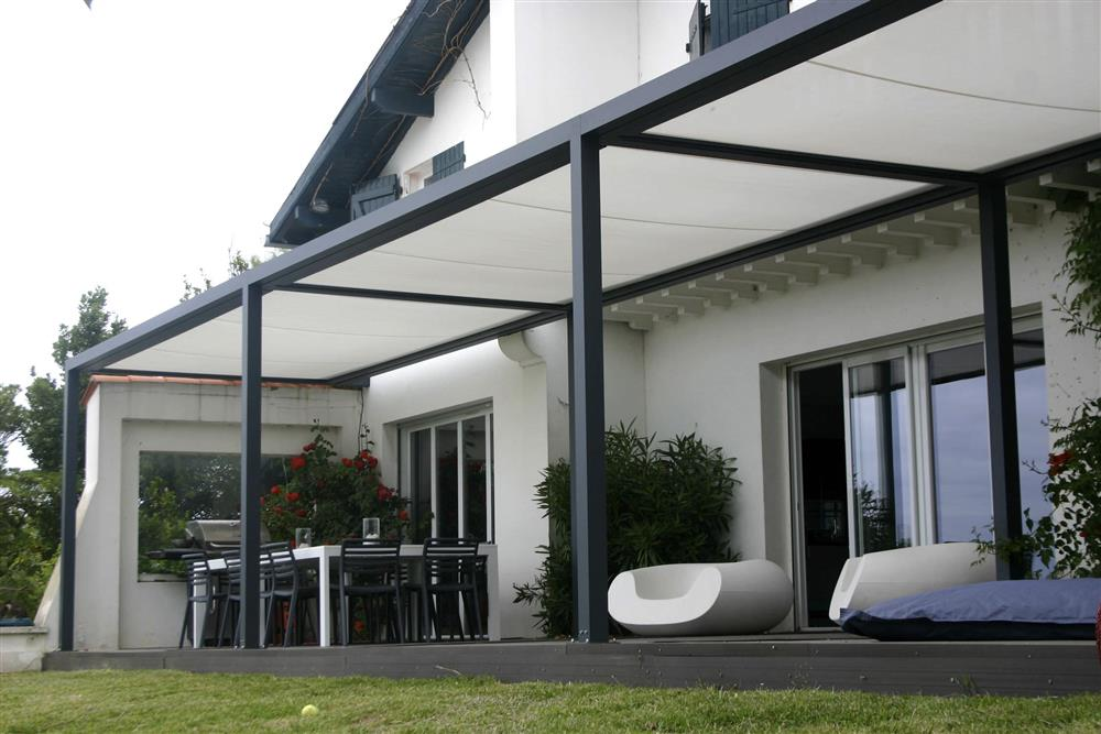 pergola aluminium plus de 30 ans d 39 exp rience garantie de 10 ans. Black Bedroom Furniture Sets. Home Design Ideas