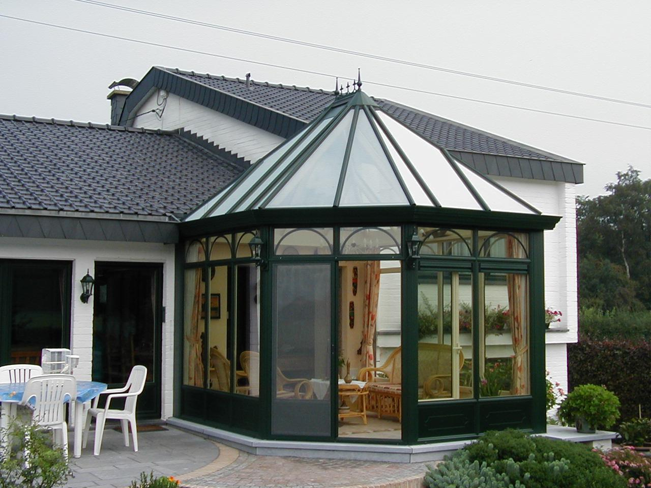 """Véranda """"Belle Vue 17"""" - Fenêtres en aluminium et vérandas sur mesure"""